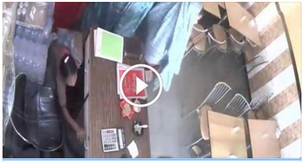 OMG!! CCTV footage records a theft : Know why its shocking